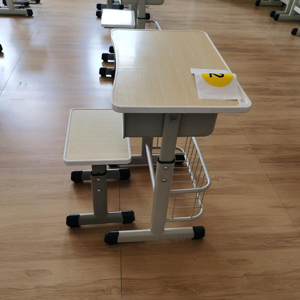 MK-ZY136课桌椅